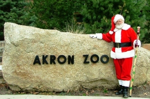 Akron Zoo Brings Back Holiday Lights