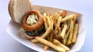 "Canal Park Serves Up ""LeBlock Burger"""