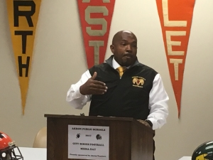 Kemp Boyd, head coach Kenmore/Garfield Golden Rams