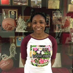 1590 WAKR Student Athlete of the Week: Ron'Naeza Saunders