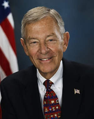 VIDEO Leaders Mourn Voinovich